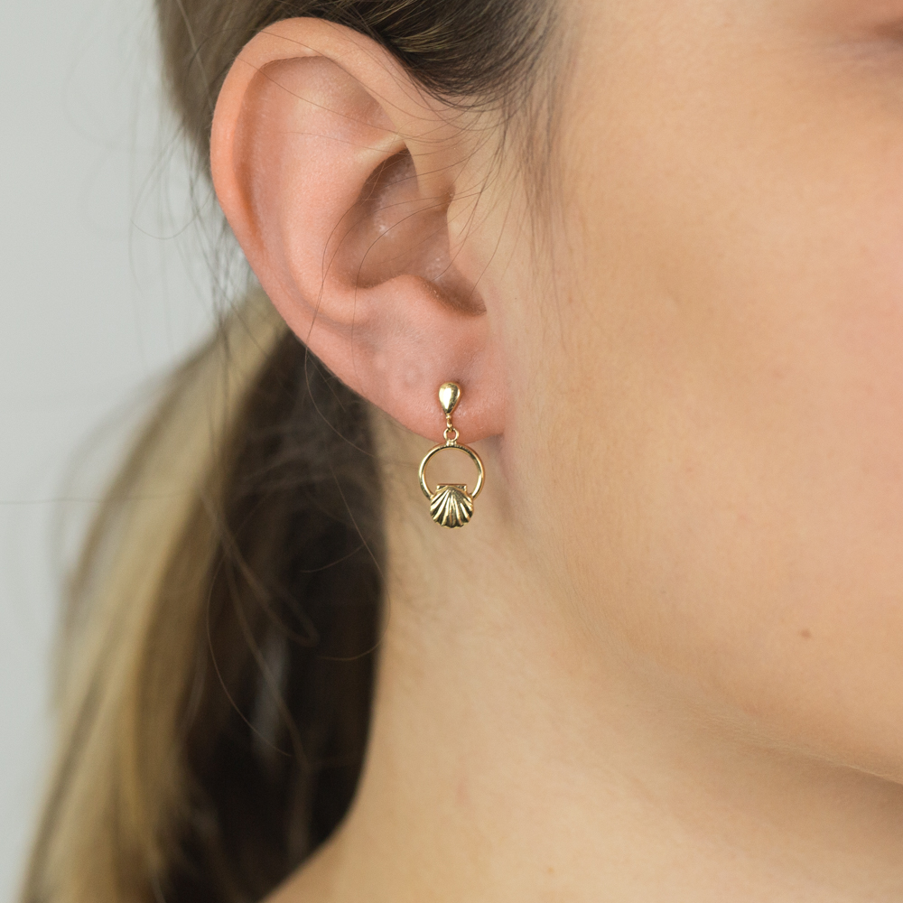 9ct Yellow Gold Scallop Shell Drop Earrings