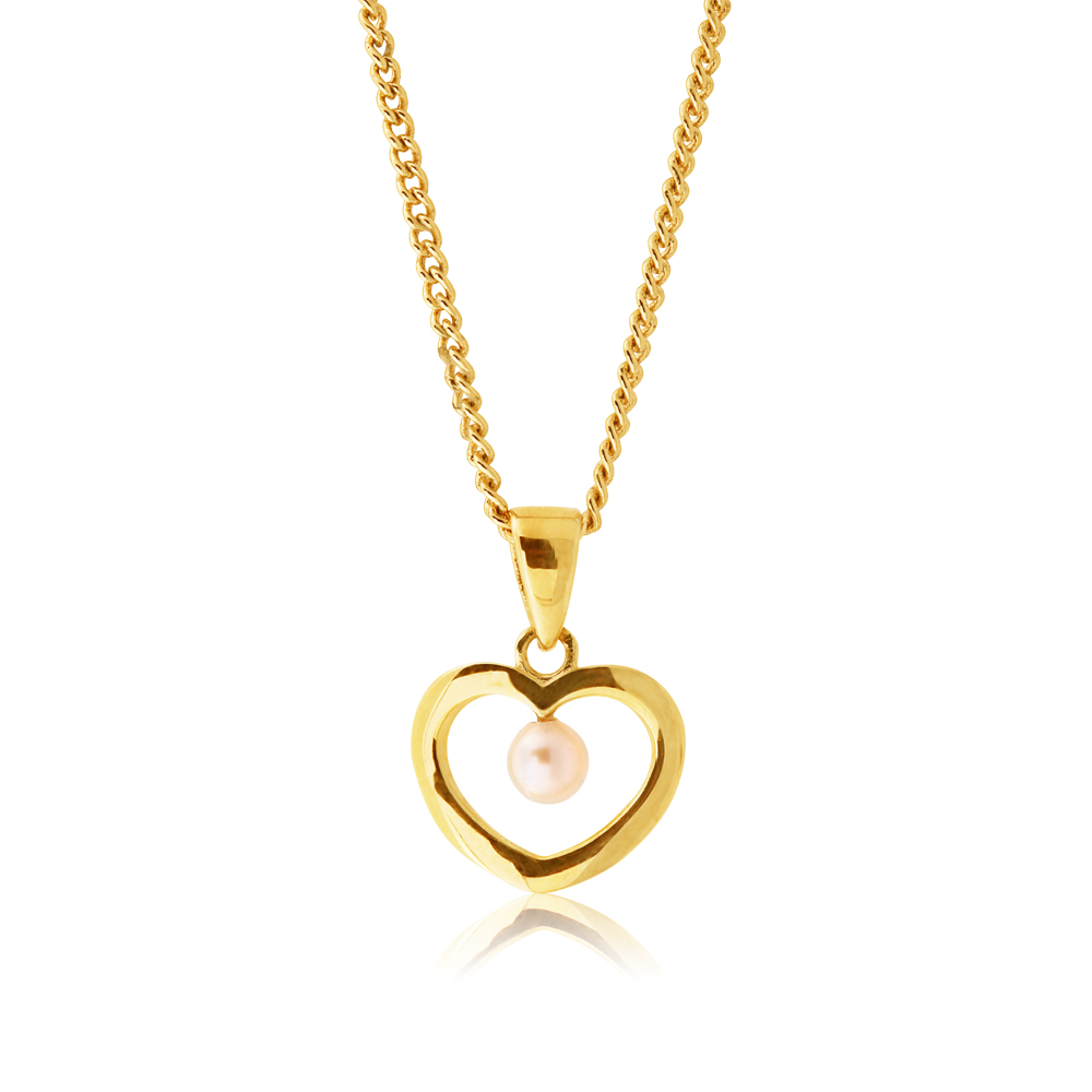 9ct Yellow Gold Pearl Heart Pendant