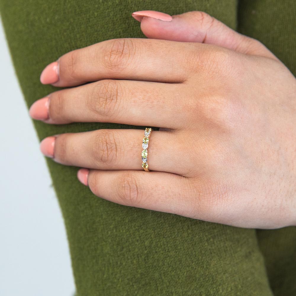 9ct Yellow Gold Peridot and Diamond Ring