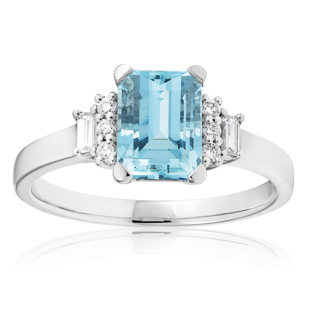 18ct White Gold Aquamarine 8x6mm + Diamond 0.21ct Ring