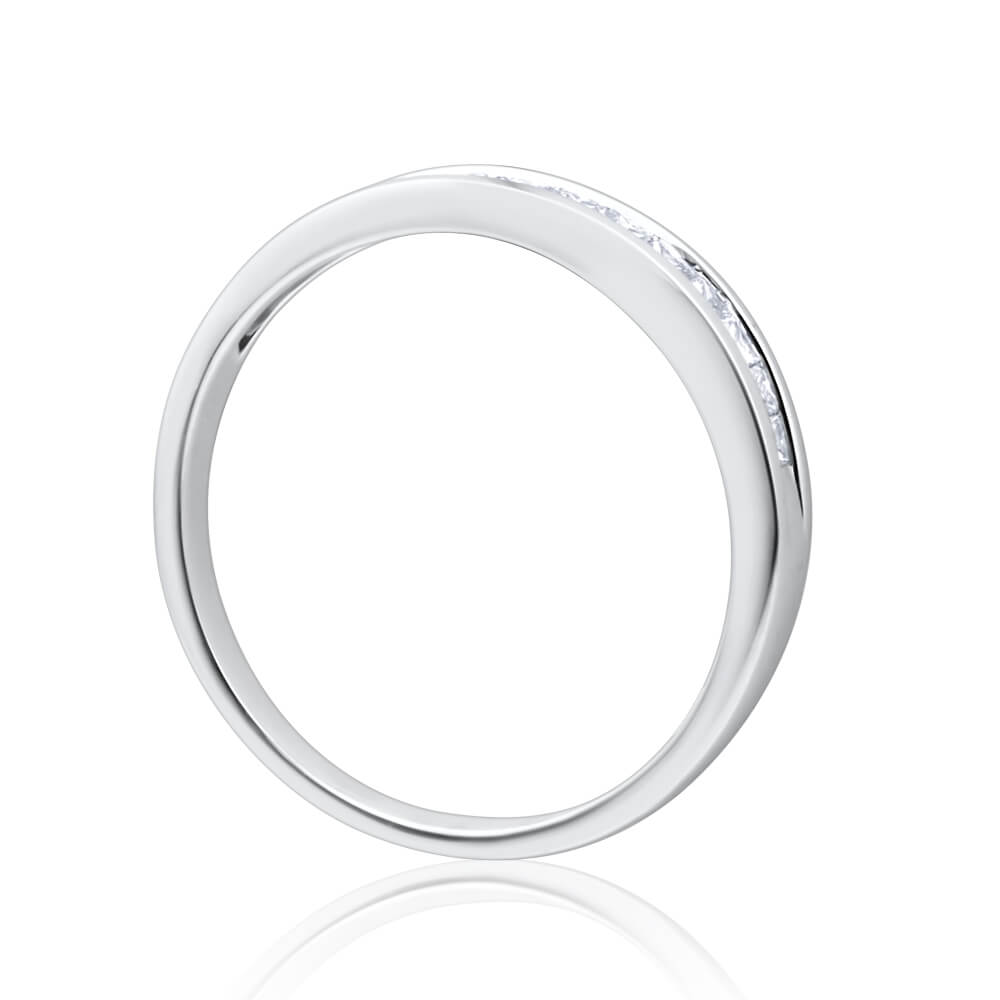 9ct White Gold Diamond Ring Set With 10 Princess Cut Diamonds