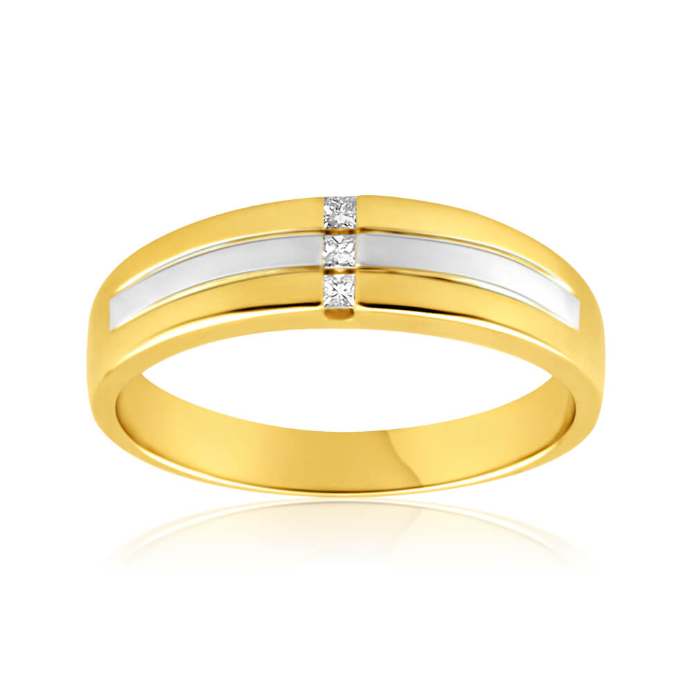 9ct Yellow Gold Grooved Gents Diamond Ring
