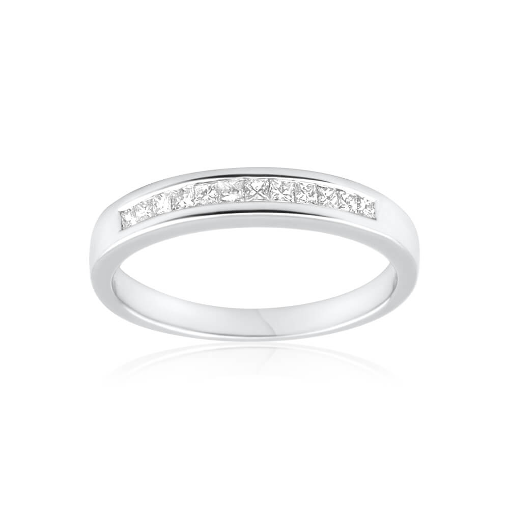 18ct White Gold Ring With 0.25 Carats Of Princess Cut Diamonds