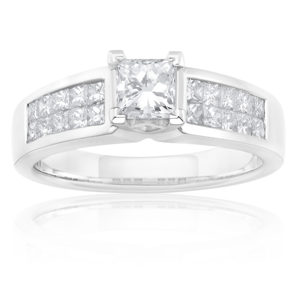 18ct White Gold 1.00 Carat Diamond Solitaire Fancy Ring