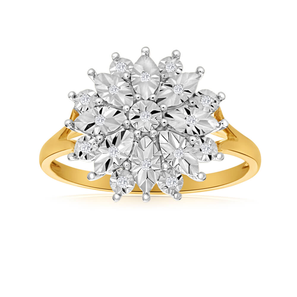 9ct Yellow Gold Ring With 19 Diamonds
