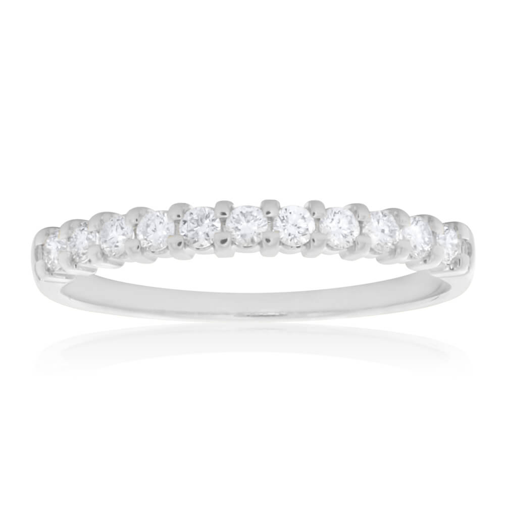 18ct White Gold Ring With 0.25 Carats Of Diamonds