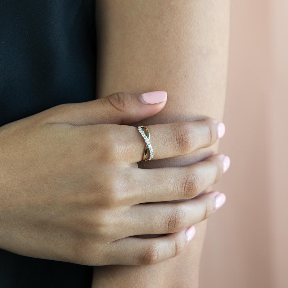 Flawless 1/4 Carat Diamond Infinity Ring in 9ct Yellow Gold