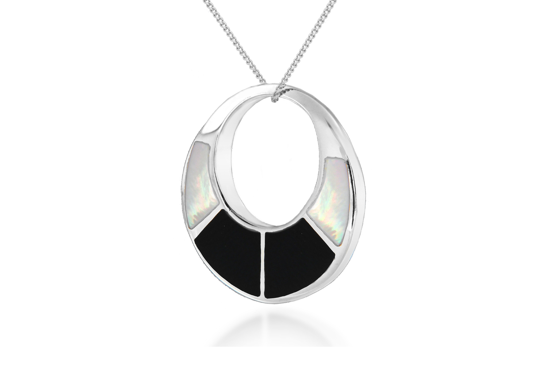 Sterling Silver Mother of Pearl Pendant on 41cm Sterling Silver Curb Chain
